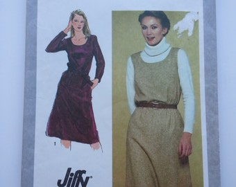 Jumper dress /fall/ office 80s jumper/ scoop neck / easy 1980 vintage sewing pattern, Size 10, Bust 32.5, Waist 25, Hips 34, Simplicity 9601