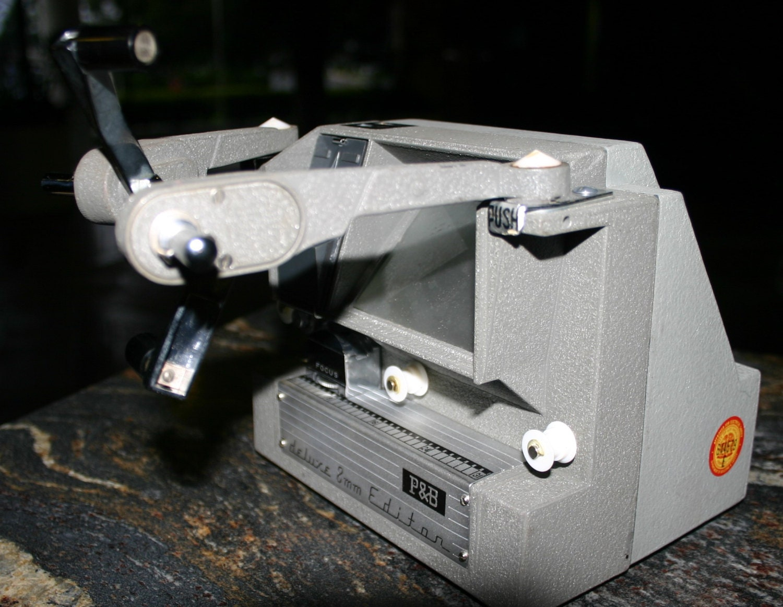 Hollywood Movie Camera 1950s: 1950s 8mm Movie Film Editor