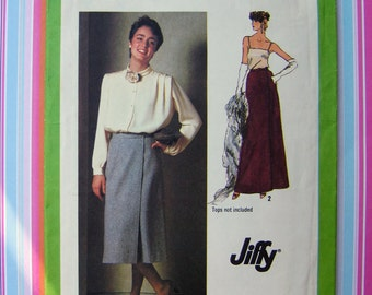 1970s Vintage Pattern Uncut   Simplicity 9113   Jiffy Front-Wrap Skirt in Two Lengths   Retro Pattern
