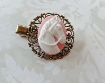 White On Pink Horse Alligator Clip