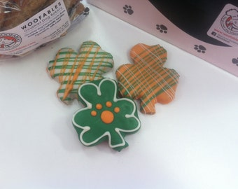 Lucky Shamrocks 3-Pack Gourmet Decorated Dog Treats