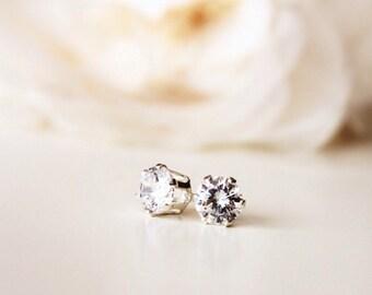 Swarovski Crystal Stud Earrings Sterling Silver Studs Bridesmaid Stud Earrings Simple Everyday Delicate Earrings Bridesmaid Gift