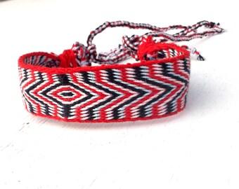 Weaving cotton bracelet, colorful woven braclet, weave wrist band, multicolor hipster bracelet, boho jewelry, handmade friendship braclet