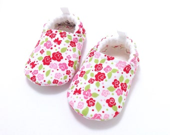 Floral Baby Shoes, Soft Sole Baby Shoes, Baby Booties, Toddler slippers, Baby Shower, pink baby shoes, baby girl