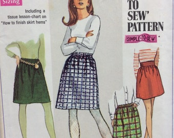 Simplicity 7735 misses skirts size 16 waist 29 or size 18 waist 31 vintage 1960's sewing pattern