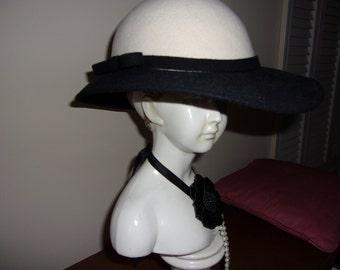 Vintage 1940's Wool  Hat