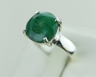 SIZE 5.5 MOZAMBIQUE EMERALD (Nickel Free) 925 Fine S0LID Sterling Silver Ring & Free Worldwide Express Shipping r1244