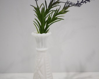 Free Shipping -- Anchor Hocking Milk Glass Bud Vase