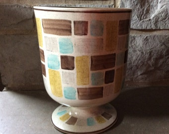 Vintage Red Wing Planter/Red Wing Pottery Circa 1936 to 1967