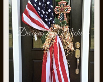 Patriotic Flag Cross Vine Wreath, BR125