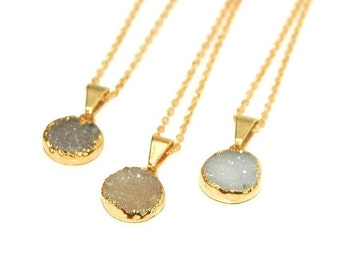 Gold agate druzy pendant necklace, gold necklace, gold pendant necklace, druzy necklace, round druzy necklace, drusy, layering necklace