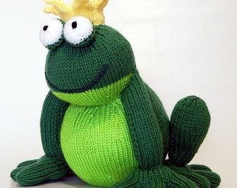 FROG PRINCE, hand knitted frog, handknitted frog, knitted toy, knitted frog, knitted animal, hand knitted animal, hand knitted frog prince
