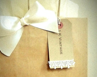 Personalised Wedding Vintage Brown Paper Gift Bags with Handmade Bow,Ivory Lace Trim Gift Tags & Matching Tissue Paper