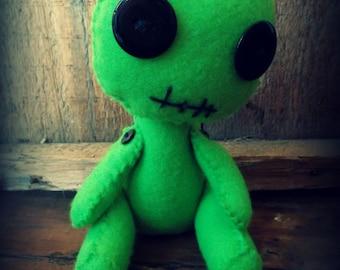 Voodoo Doll, Creepy Cute Felt Doll, Gothic Horror Doll, Hand stitched felt Doll.