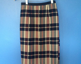 1970's below the knee, mod, red/black/tan checkered/plaid small ladies pencil skirt.