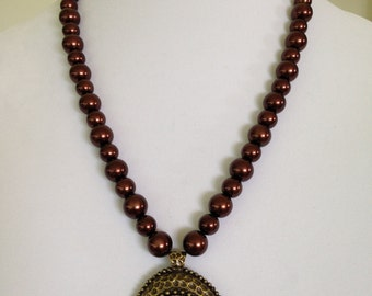 Medieval Style Large Mahogany Glass Pearl Beads with Mahogany Stone Metal Pendant Necklace
