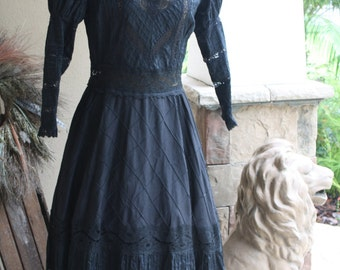 Rare Antique Victorian Mourning Dress Black Lace Gothic Steampunk Funeral Wedding Reenactment