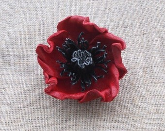 Poppy Lapel Pin Leather Poppy brooch pin Remembrance Day poppy gift Mothers Day gift for mom brooch women Memorial Day