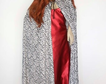 Medieval Fantasy cloak, Black & white pattened print fabric,140cm long, #105
