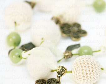 Flower buds Ivory jewelry Crochet necklace Felting wool Flower necklace Crochet jewelry Light green Leaf jewelry Tenderness Spring flowers