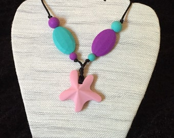 Necklace silicone/teething necklace - pink star