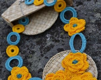 "Crochet Necklace ""Colors of Sweden"""
