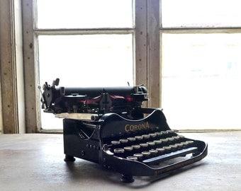 Corona Standard Typewriter No. 3 Folding Portable