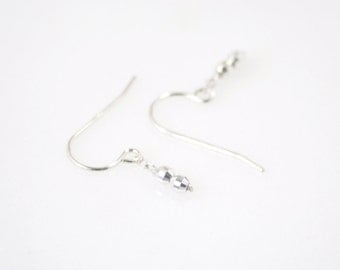 Tiny silver beads earrings - delicate sterling silver earrings - short dangle earrings - faceted beads earrings - dainty silver earrings