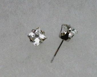 5mm Princess Cut White Topaz Gemstones in 925 Sterling Silver Stud Earrings