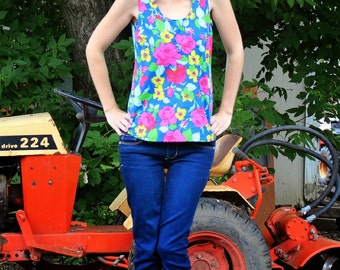 Sis Boom Tortola - Womens Tank Top Pattern - PDF Sewing Pattern E-Book with Scientific Seamstress