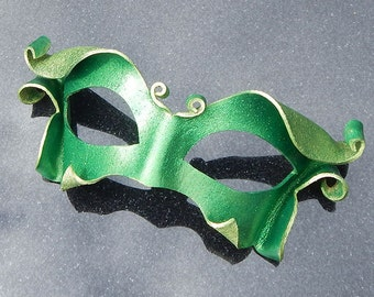 Emerald Spriteling Leather Mask in Glittering Green - Fairy Sprite Nymph Larp Cosplay Halloween Costume