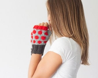 Fingerless gloves grey black and red dots knit wrist warmers texting gloves warmers mittens hand knit mitts half finger