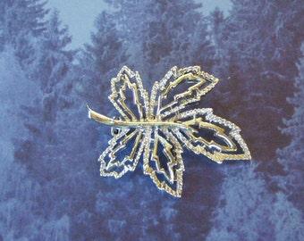 Vintage Openwork Leaf Pin Brooch