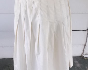 1950s Vintage White Classic Cotton Skirt 25 Inch Waist XS