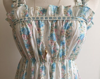 Sweet 1970s Floral Boho Hippie Nightgown