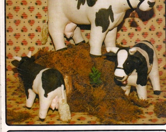 BIE Originals 107 1980s Realistic Milk COW Pattern Dairyland USA Friesian Cattle Holstein 8 1/2 11 16 Inch R-Gems Toy Sewing Pattern UNCuT