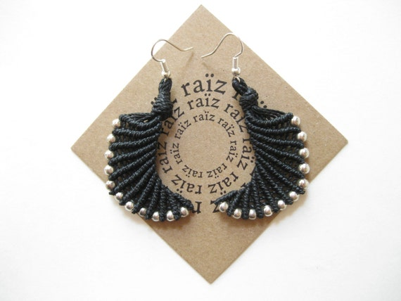 Earwings . Micro Macrame Earrings . © Design by .. raïz ..