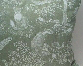 "Lavender Buckwheat British Woodland Creatures Decorative Throw Pillow - Owl Hedgehog Fox Rabbit Aromatherapy Travel Pillow - 13 1/2 X 8 1/2"""