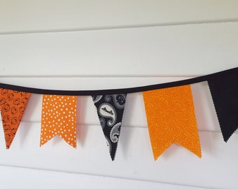 Halloween Banner- Orange and Black Bunting- Fall decor- Halloween Party Decoration- Cloth Pennant Pumpkins Ghosts Bats Double Sided #208