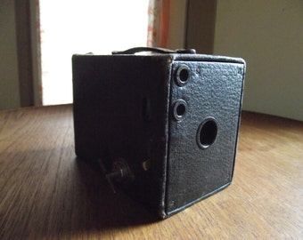 Antique Kodak No.2 Brownie Box Camera