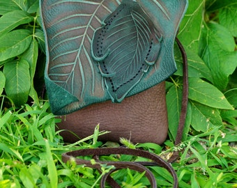 Small Leather Leaf Forest Purse / Chocolate Brown Hip Bag Pouch Woodsy Woodland Role Play Elf Faerie Renaissance Hobbit Earthy Earth Nymph