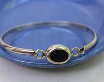 Sterling Bangle Bracelet Onyx Black Stone Mexico 925 VINTAGE by Plantdreaming