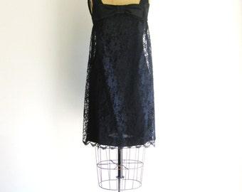 1960s Black Lace Mini Dress Vintage Sixties Mod Bow Babydoll Dress XS/S