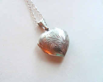 Gorgeous sterling silver engraved vintage heart locket necklace, puffy locket, vintage heart, vintage bridal necklace