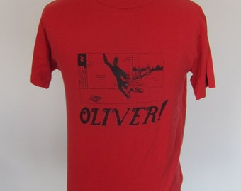 Vintage OLIVER TWIST Play Red T-Shirt  Size L 50/50