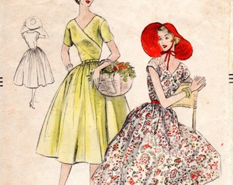1950s Surplice Dress with Full Skirt - Vintage Pattern Vogue 8586 - Bust 34