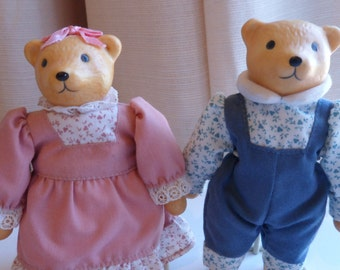 Summer Clearance SALE Vintage Pair of Bears Mr and Mrs Bears with Stand Cake Topper Bears
