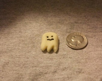 Miniature Glowing Ghost Magnet