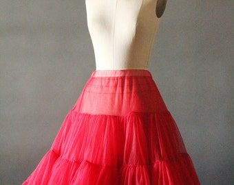 Vintage 50's/60's Candy Apple Red Crinoline Petticoat, size M