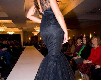 Vintage Black Lace Mermaid Gown